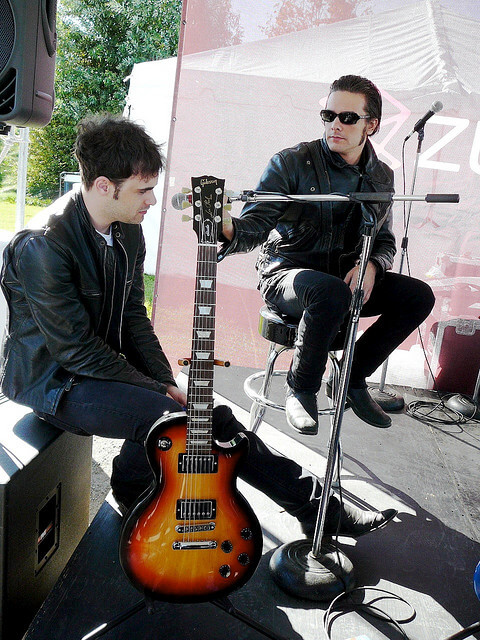 Interview with Robert and Peter of Black Rebel Motorcycle Club 6